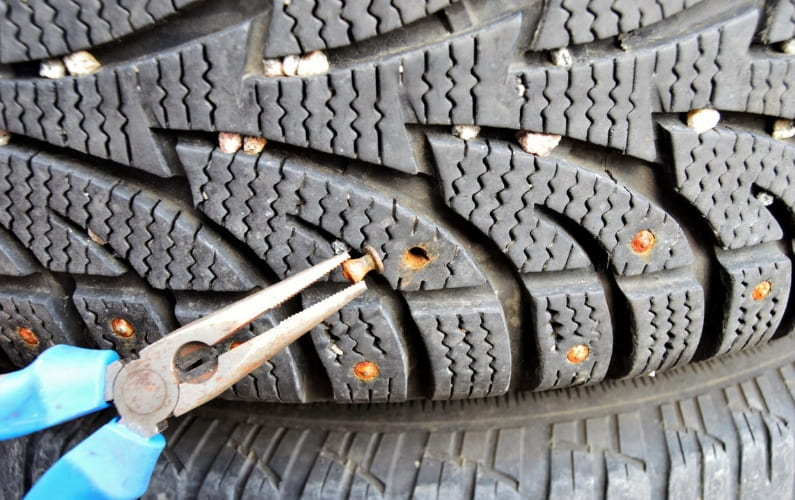 How to remove stus from tire