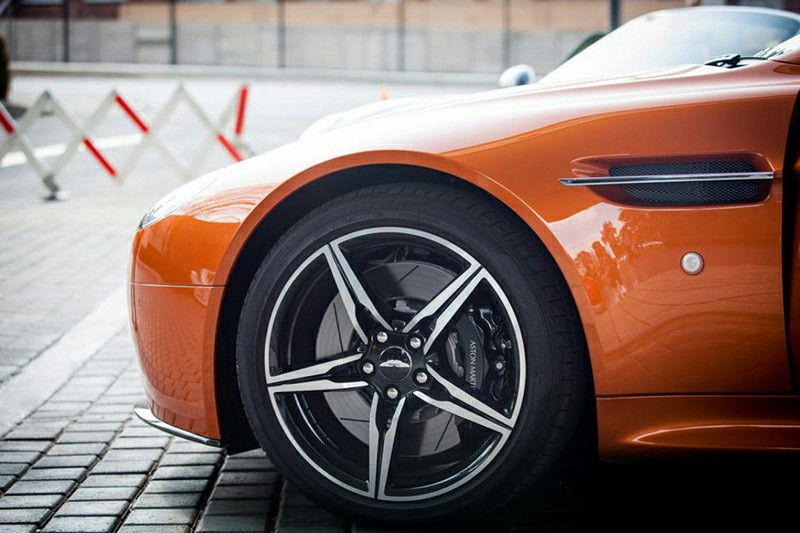What Are Performance Tires